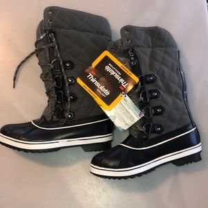 NEW 3M Thinsulate Lined Boots
